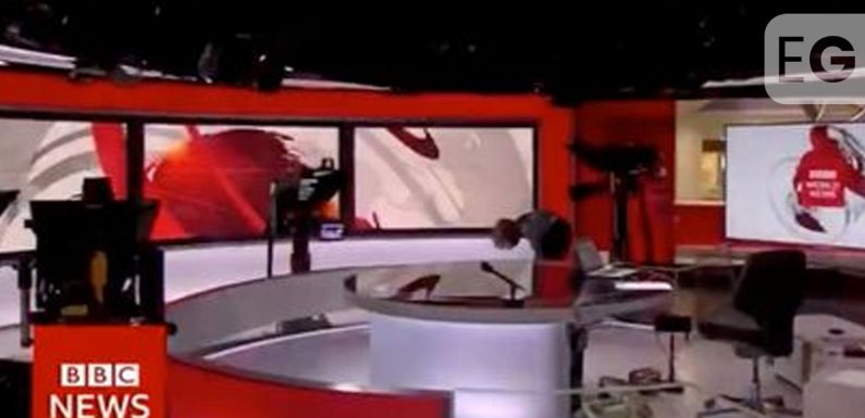 Victoria Derbyshire says 'oh my god' in on-air BBC News fail